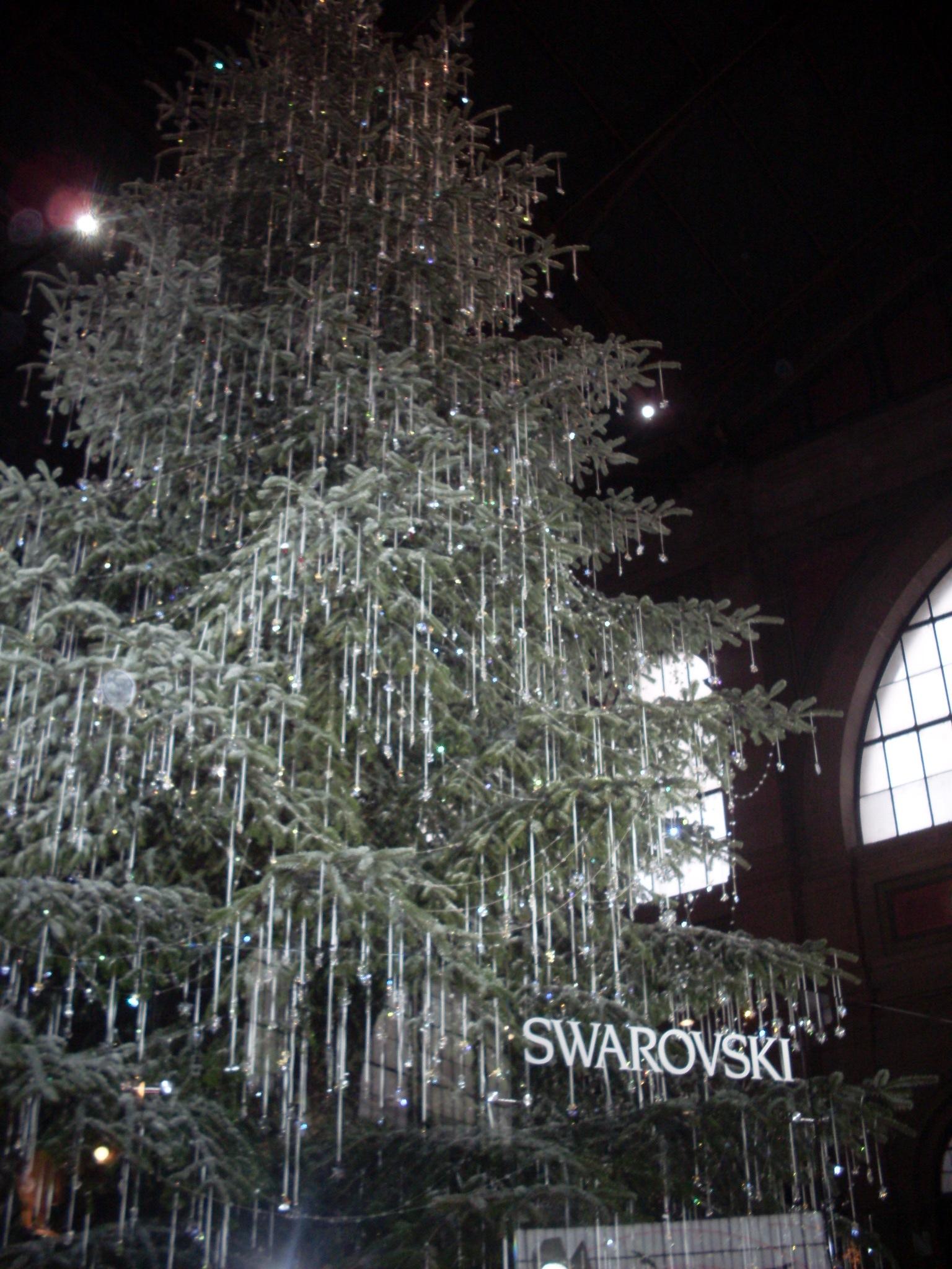Alberi di Natale più belli d'Europa: Albero di Swaroski a Zurigo