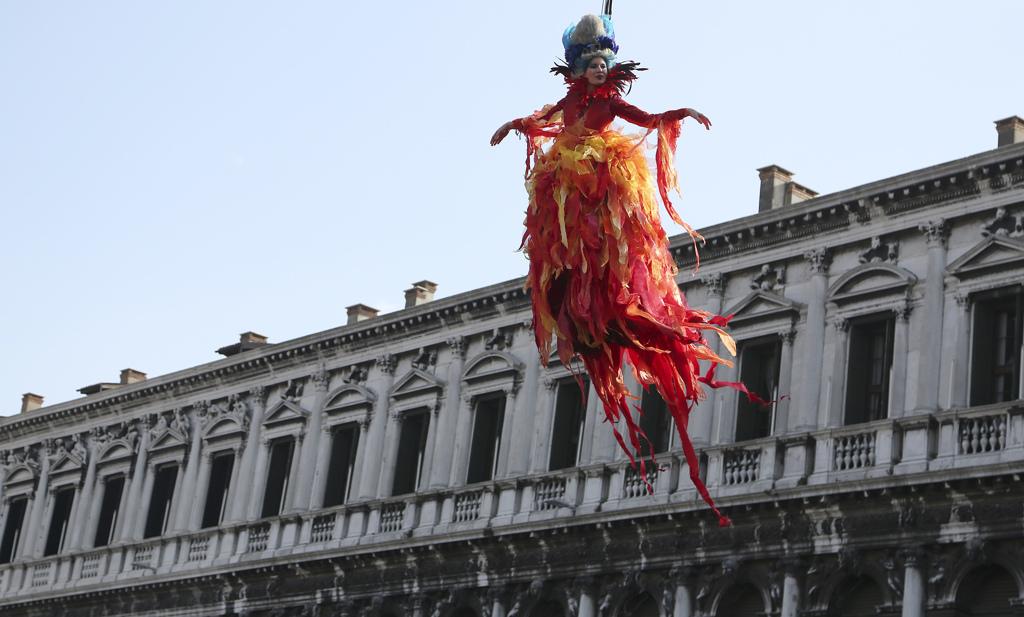 Carnevale veneziano: il volo dell'angelo